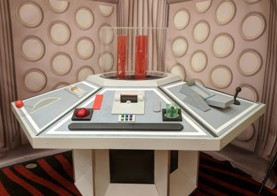 Dr Who Tardis console